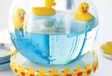 como-hacer-un-centro-de-mesa-con-patitos-para-baby-shower
